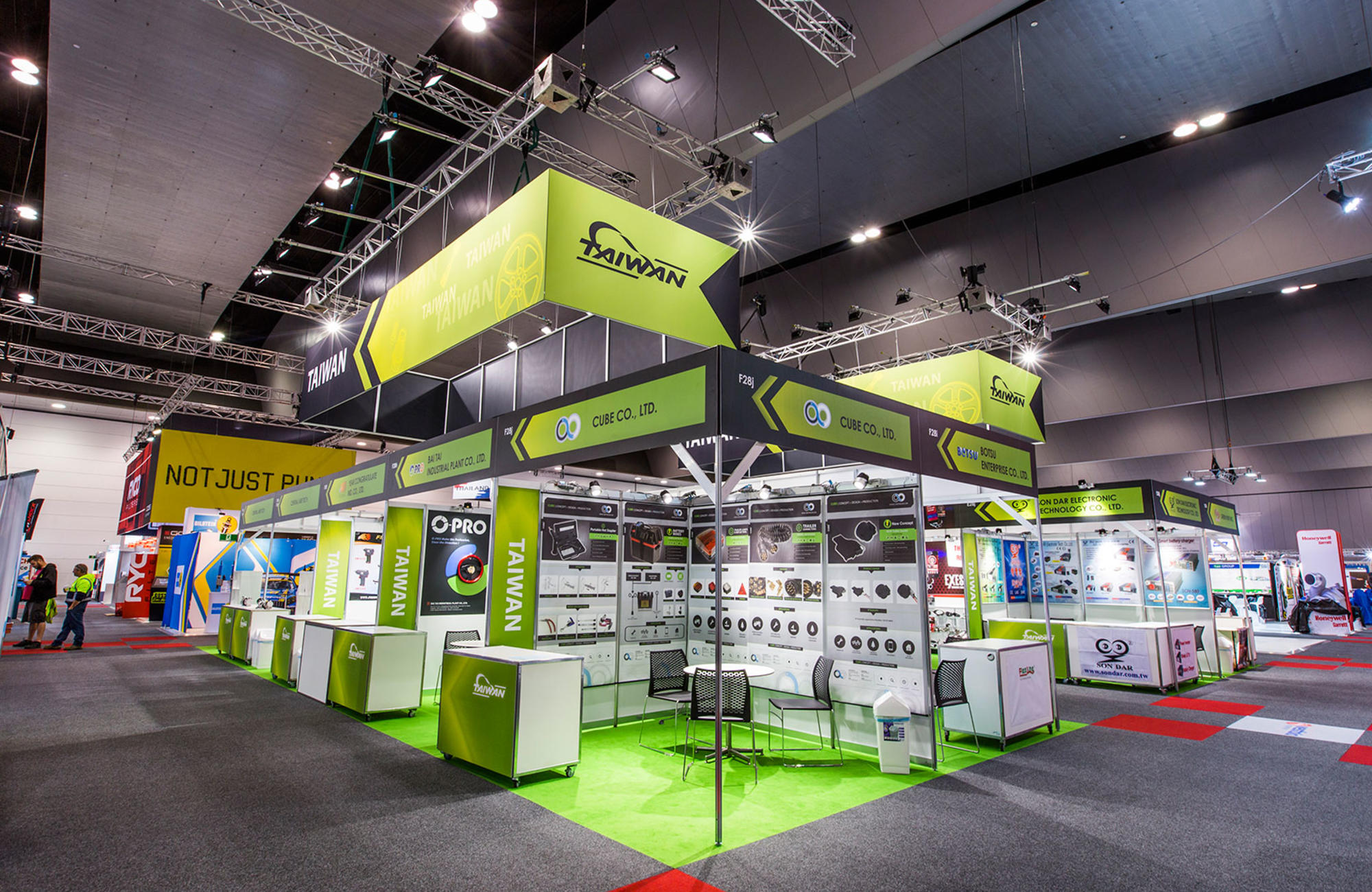 Exhibition Stand Builders Brisbane : Hire rental services for exhibitions harry the hirer