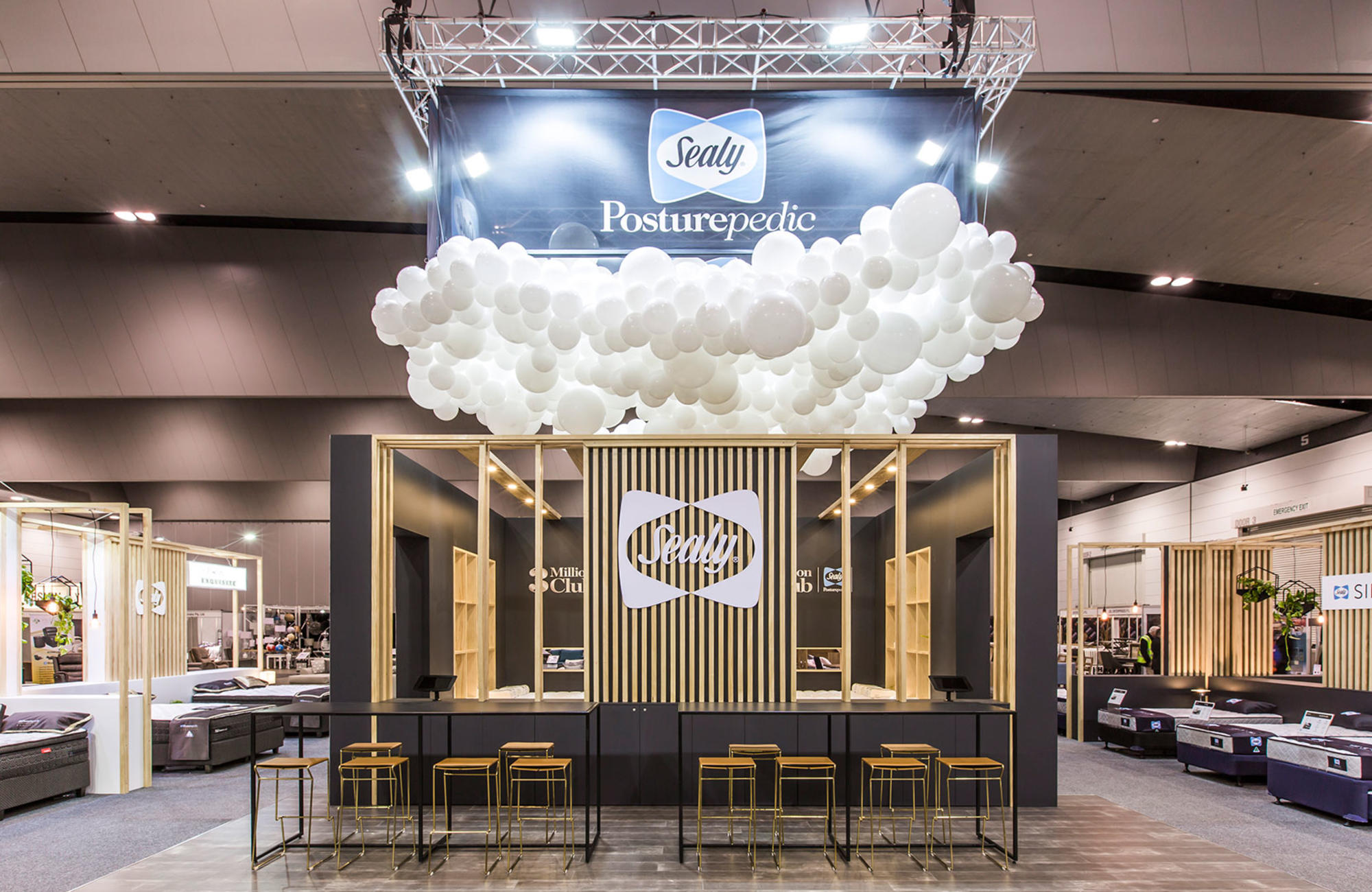 Custom Exhibition Stands Melbourne : Custom exhibition stand design builds harry the hirer